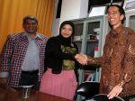 20120929_Jokowi_Bersilaturahmi_ke_KPUD_Jakarta_3211.jpg