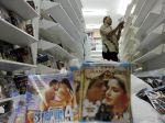 Toko di Pusat Perbelanjaan Disarankan Pasang Sticker Bebas Produk Palsu