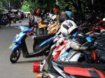 20130205_Tarif_Parkir_di_Jakarta_2303.jpg
