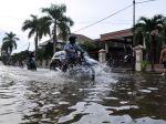 20130225_Banjir_Air_Pasang_Sungai_Musi__6431.jpg