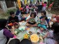 20131111_syukuran-ribuan-warga-sasak-makan-nasi-lewet_6566.jpg