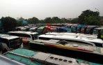 20140109_100231_puluhan-bus-akap-penuhi-terminal-lebak-bulus.jpg