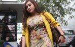 20140320_202855_sefti-sanustika-lepas-hijab-jenguk-ahmad-fathanah.jpg