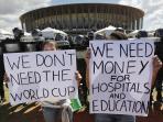 20140516_131520_rakyat-brasil-demonstrasi.jpg