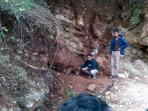 20140604_144128_lokasi-tempat-tewasnya-pemecah-batu.jpg