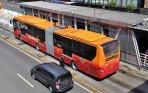 20140622_190302_hut-dki-bus-trans-jakarta-gratis.jpg