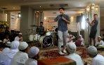 20140701_231829_band-ungu-bikin-video-klip-religi.jpg