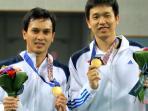 20140928_195523_hendra-setiawanmohammad-ahsan-gold-medal.jpg