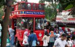 20141015_121423_warga-antre-naik-bus-tingkat-bandung-tour-on-bus.jpg