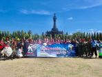 31-penerjun-payung-semarakkan-deklarasi-world-tourism-park-bali_20181011_095203.jpg
