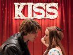 5-hal-menarik-yang-dapat-dinantikan-dari-film-the-kissing-booth-2.jpg