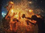 5-kegiatan-menarik-saat-nyepi-di-bali-nikmati-panorama-milky-way-hingga-ritual-perang-api.jpg