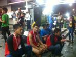 9-atlet-pon-asal-sulawesi-tengah-telantar-di-stasiun-manggarai_20160922_205053.jpg