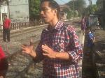 Jokowi-pinggir-rel.jpg