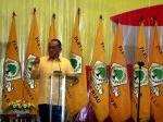 Ketua-Umum-DPP-Partai-Golkar-dan-bendera-Golkar.jpg