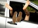 Suami di Palembang Pergoki Istri Selingkuh dengan Pria Lain di Dalam Mobil