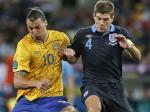 Zlatan-Ibrahimovic-dan-Steven-Gerrard.jpg