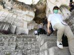 abdul-halim-iskandar-mengunjungi-desa-wisata-setigi-milik-desa-sekapuk.jpg