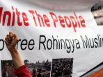 aksi-bela-rohingya-di-kedubes-myanmar_20170904_151456.jpg