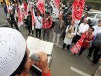 aksi-solidaritas-hermansyah-pakar-it-alumni-itb_20170715_014732.jpg