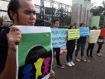aksi-stop-kekerasan-terhadap-anak-dan-perempuan_20160512_151204.jpg