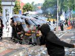 UU Cipta Kerja Disahkan, Sederet Media Luar Negeri Soroti Unjuk Rasa yang Ricuh