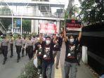 Aksi Solidaritas Myanmar di Jakarta Dibubarkan Aparat, 3 Aktivis Diamankan Polisi