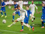 alvaro-morata-kiri-mencetak-gol-selama-pertandingan-kualifikasi-piala-dunia-qatar-2022.jpg