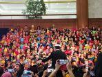 anak-anak-berpakaian-adat-tengah-membuka-acara-festival-prestasi-indonesia_20170821_112710.jpg