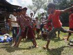 anak-anak-dusun-cindakko-budayakan-tradisi-mallanca-sejak-dini_20210613_194818.jpg