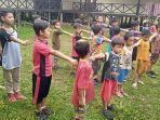 anak-anak-kampung-long-suluy-latihan-baris-berbaris.jpg