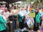 anggota-dpr-maman-imanulhaq-mengunjungi-lokasi-banjir-di-desa-ligung.jpg