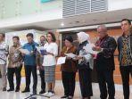 anggota-pansel-capim-kpk-mengumumkan-104-pendaftar-calon-pimpinan-capim-kpk.jpg