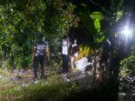 anggota-polres-belitung-melakukan-olah-tkp-kasus-pembunuhan-diser_20180724_051907.jpg