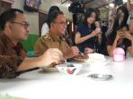 anies-dan-sudirman-sudirman-said-makan_20180626_133314.jpg