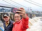 anies-selfie-sama-bima-di-katulampa.jpg