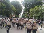 Polisi Amankan 155 Orang yang Lakukan Perlawanan Saat Pembubaran Demo 1812