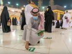 arab-saudi-hapus-aturan-jaga-jarak-di-masjidil-haram_20211018_161842.jpg