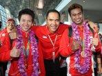 arak-arakan-peraih-medali-olimpiade_20160823_213440.jpg