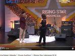 ardiansyah-berduet-dengan-rossa-saat-audisi-rising-star-indonesia.jpg