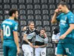 argentina-rodrigo-de-paul-tengah-merayakan-gol-ke-gawang-ac-milan.jpg