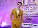 artis-papan-atas-hadiri-insert-fashion-awards_20200318_135230.jpg