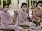 Pakai Baju Berbeda dengan Ashanty di Prosesi Pernikahan Aurel, Krisdayanti Mengaku Tak Ada Masalah