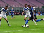 ashley-young-bawa-inter-milan-menang-4-0-atas-brescia-di-lanjutan-liga-italia.jpg