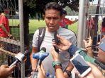 asisten-pelatih-timnas-indonesia-bima-sakti_20180812_153624.jpg