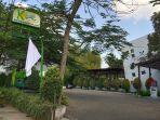 asosiasi-kafe-dan-restoran-bandung-kibarkan-bendera-putih_20210729_155749.jpg