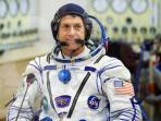 astronot-as-shane-kimbrough-akan-mencoblos-di-luar-angkasa-pada-pilpres-tahun-ini_20161108_165944.jpg