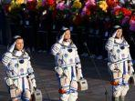 astronot-china-laksanakan-misi-90-hari-di-luar-angkasa.jpg
