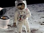 astronot-di-luar-angkasa_20180703_210906.jpg