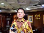 azis-syamsuddin-respons-isu-reshuffle-kabinet.jpg